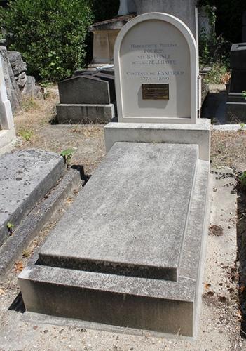 1024px-Père-Lachaise_-_Marguerite_Pauline_Fourès_01.jpg