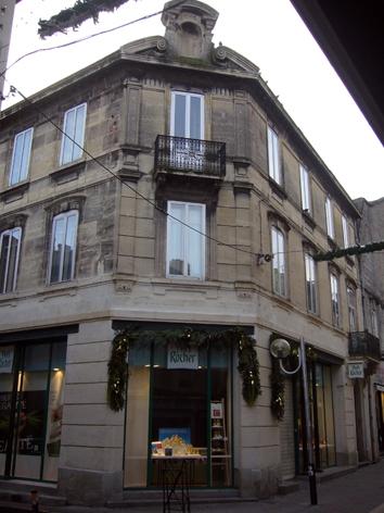 Rue de la gare. Yves Rocher.jpg