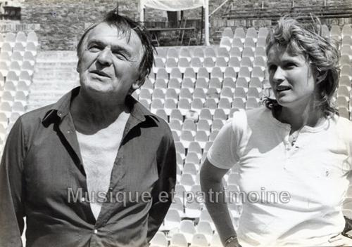 Jean Deschamps et MC Barrault festival 1982 ( Jeanne au Bucher) copie.jpg