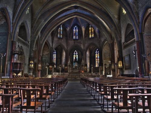 La-cathedrale-de-Mirepoix-Ariege-a24047629.jpg