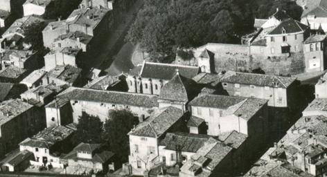 Hôtel Dieu avant 1977.jpg