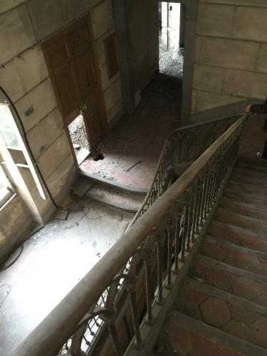C cage escalier donnant acces au premier et deuxieme batiment Photo MHM.jpg