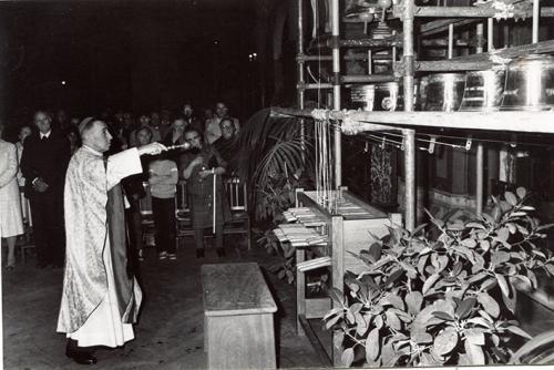 Bénédiction Nouveau Carillon  St Vincent Octobre 1979 2.jpg