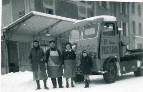 Fritz Lauer. Camion électrique Salev. 1956.jpg