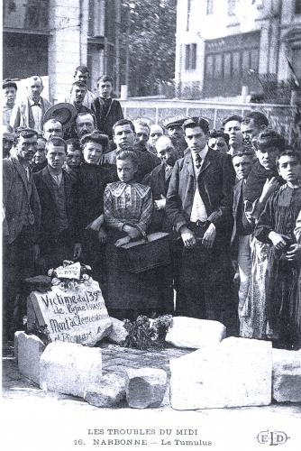 1907_19_juin_tumulus_d'une_victime_du_139_eme_régiment.jpg