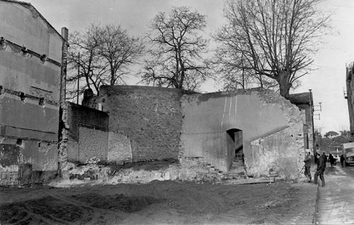 Bâtiment des Orphelines en 1975 .jpg