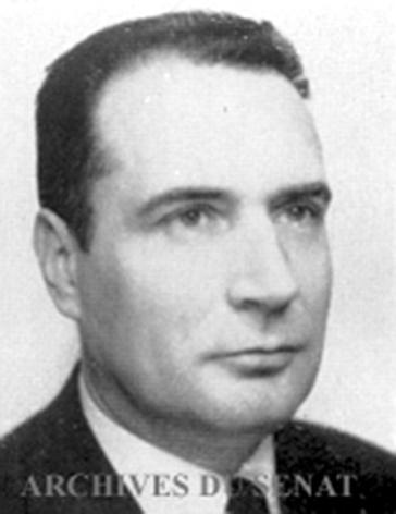 François_Mitterrand_1959.jpg
