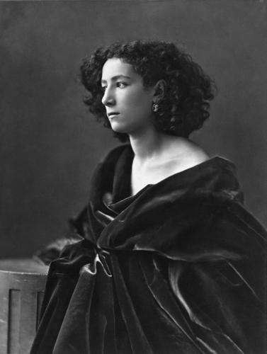 Sarah_Bernhardt,_par_Nadar,_1864.jpg